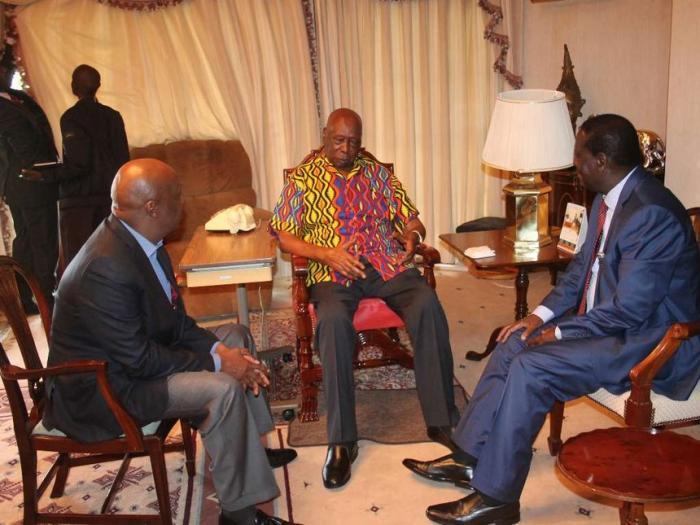 From left: Baringo Senator Gideon Moi, Mzee Moi and ODM Leader Raila Odinga at Kabarak
