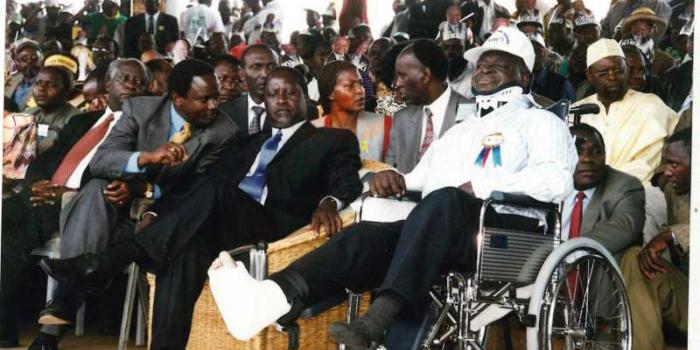 Mwai Kibaki (right) with Raila Odinga and Kalonzo Musyoka when he returned from special treatment in London (courtesy)